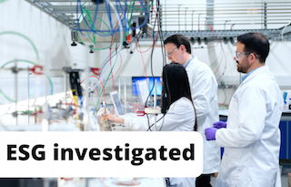 Investigating an ESG index illustrated by an image of scientists in a lab